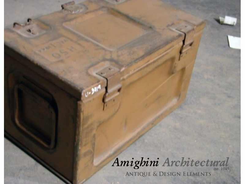 British Metal Ammo Box 03.jpg