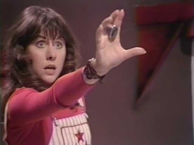doctor-who-087-4n-the-hand-of-fear-2-of-4_0-10-19-02.jpg