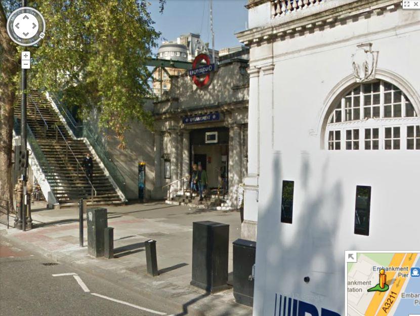 Charing_Cross_Embankment_Tube_Station_Box-A52_CurrentStreetView.JPG