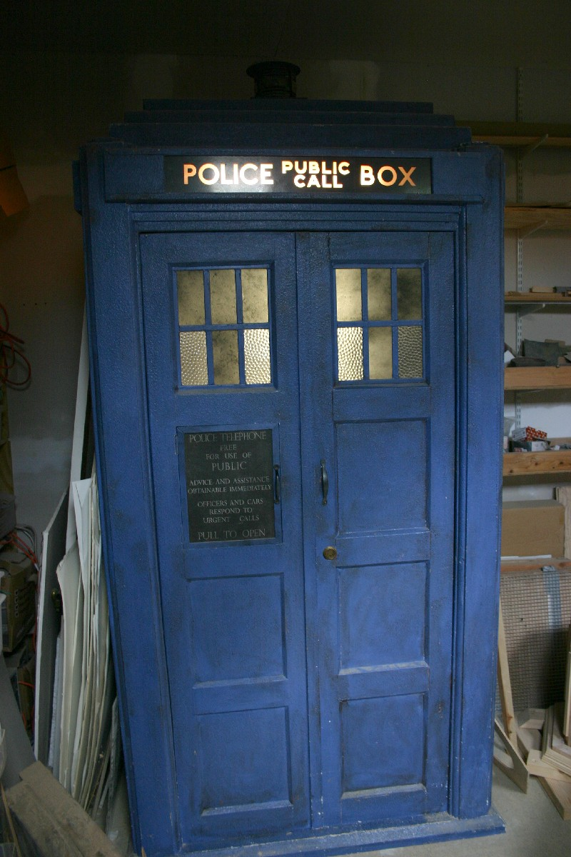 tardis10thclosed.jpg