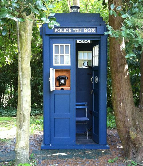 TARDIS_TG_16.jpg