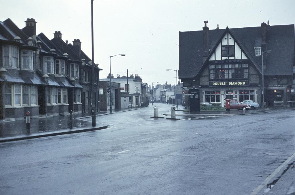 Southbridge_Road_Box-Z21-(1969)-Pic3-sm.jpg
