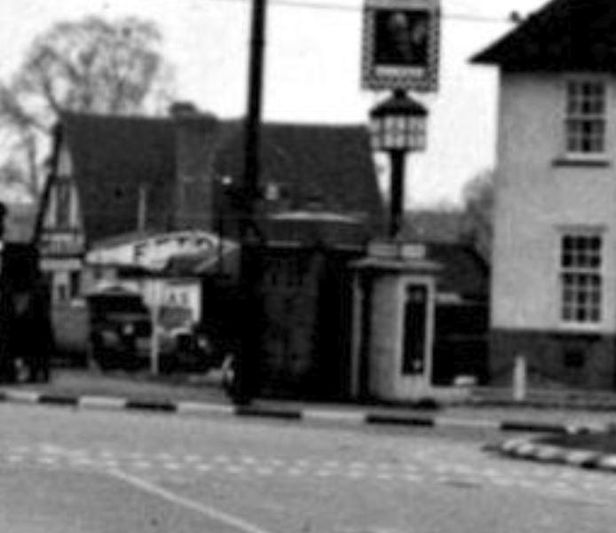 V32 Shannon Corner, New Malden--c1949--Blowup.JPG