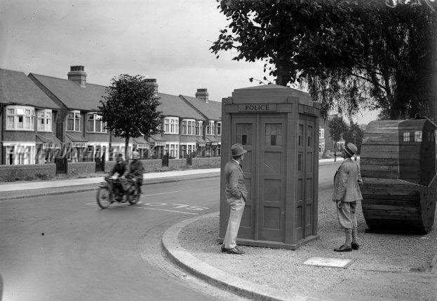 Bowes_Road-Brownlow_Road-Y10-(c1929).jpg