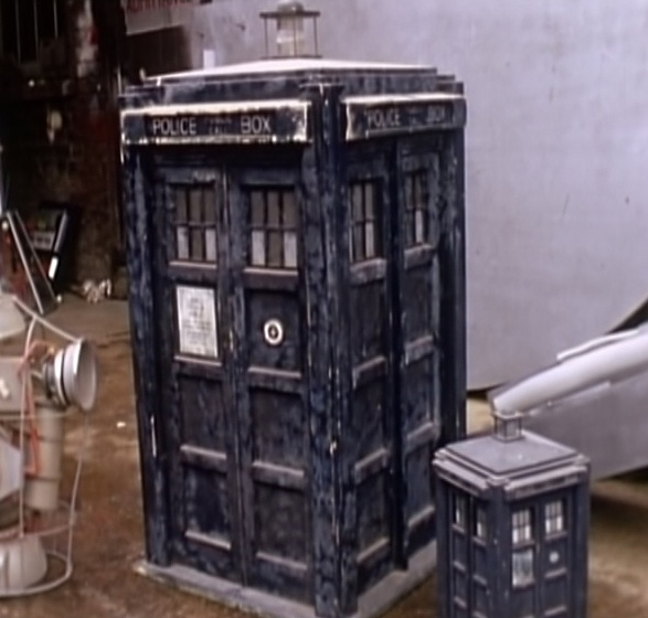 3rd scale police box.png