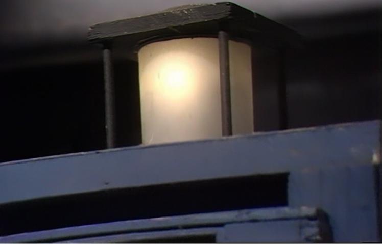 frontier1 lamp.png