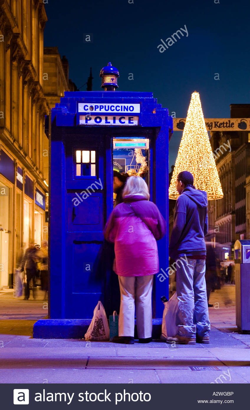 an-old-police-box-that-has-been-converted-into-a-coffee-kiosk-buchanan-A2WGBP.jpg