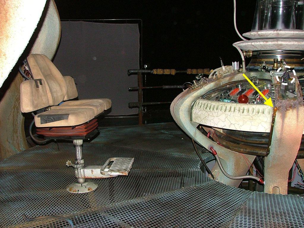 The TARDIS-05.jpg