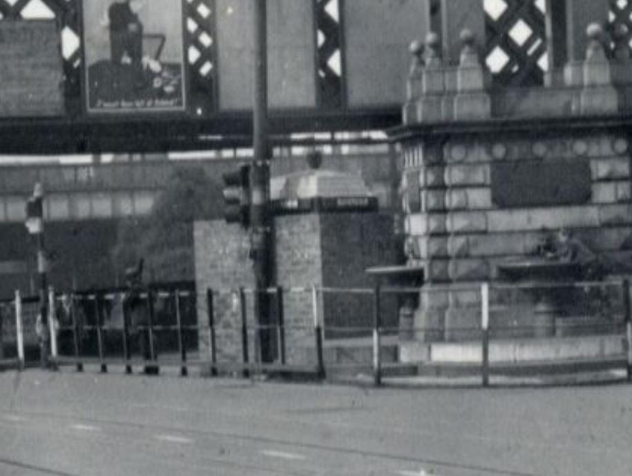 WhitelawFountain-Coatbridge - WWII-NorthLanakshire-GlasgowBox-Blowup.JPG