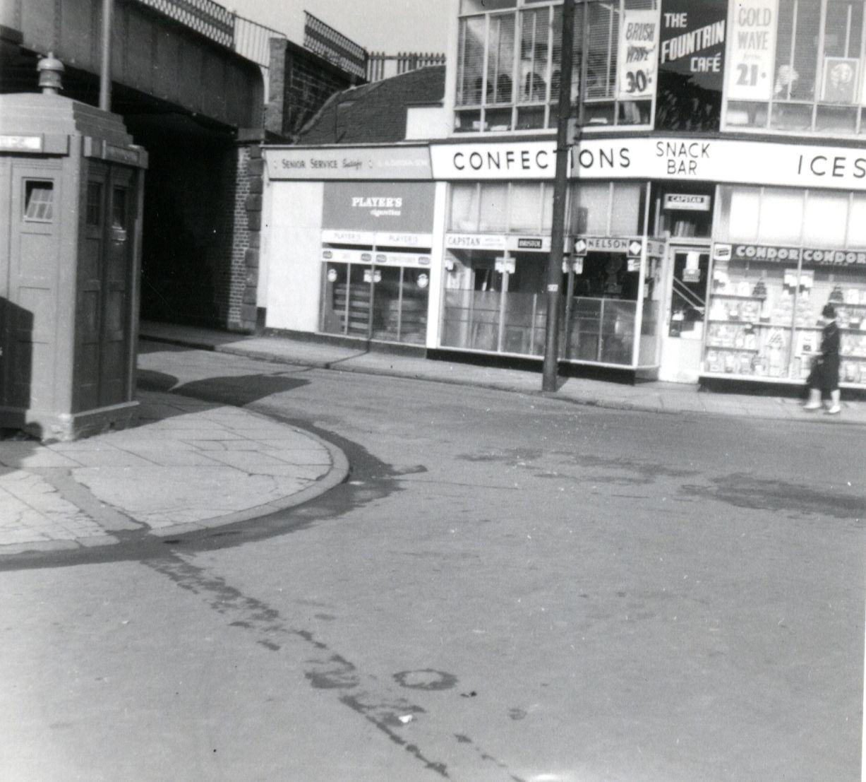 WestCanalStreetAtFountain-Coatbridge-c1960s.jpg