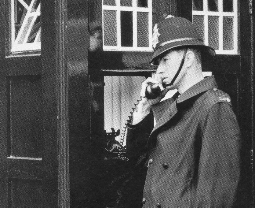 Waterloo_Road_Box-M1-HalftoneVersion-TelephoneCrop.JPG