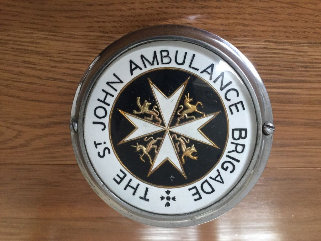 St John Brigade Car Badge - pic 1.jpg