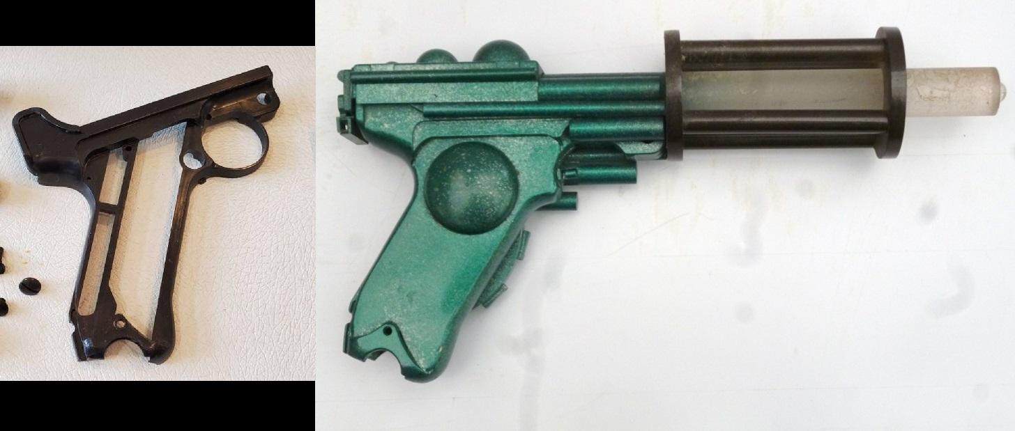 Hedin Gun and donor.jpg