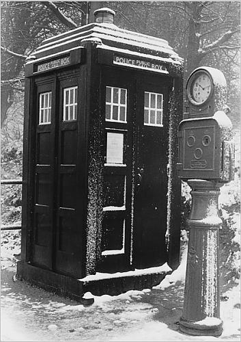Police-Public-Call-Box London.jpg