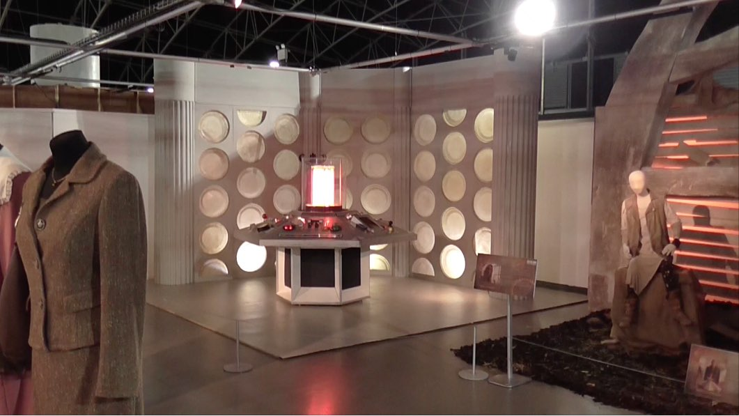 FOURTH & FIFTH Doctor's TARDIS Console at DWE.jpg