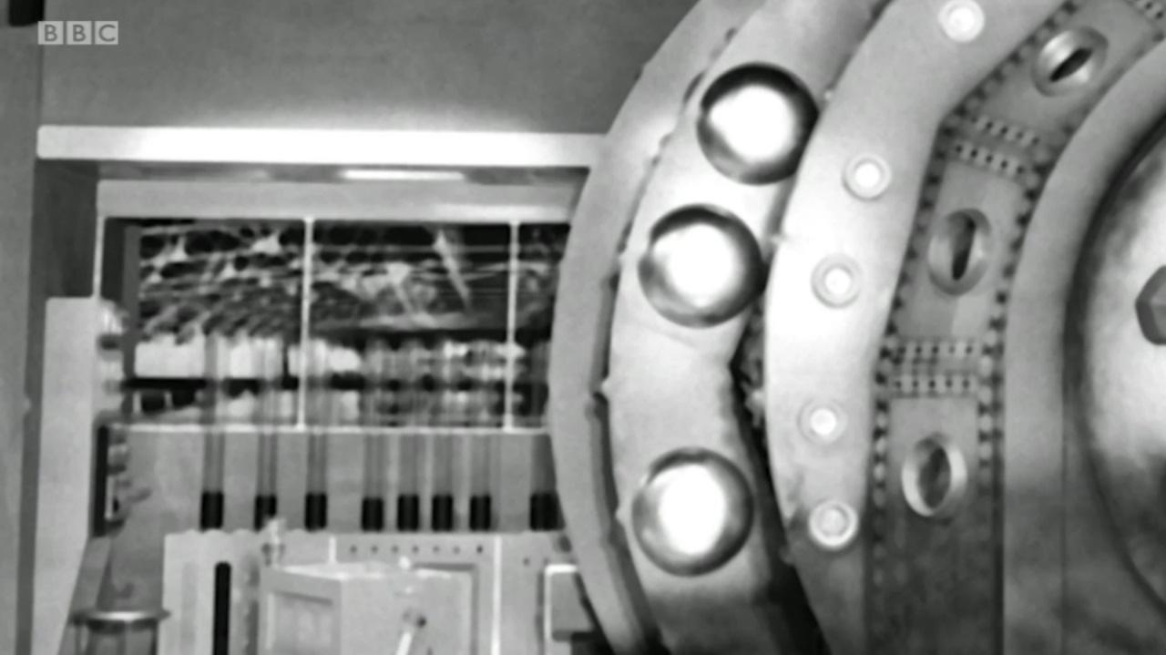 Lesterson's Lab - 02.jpg