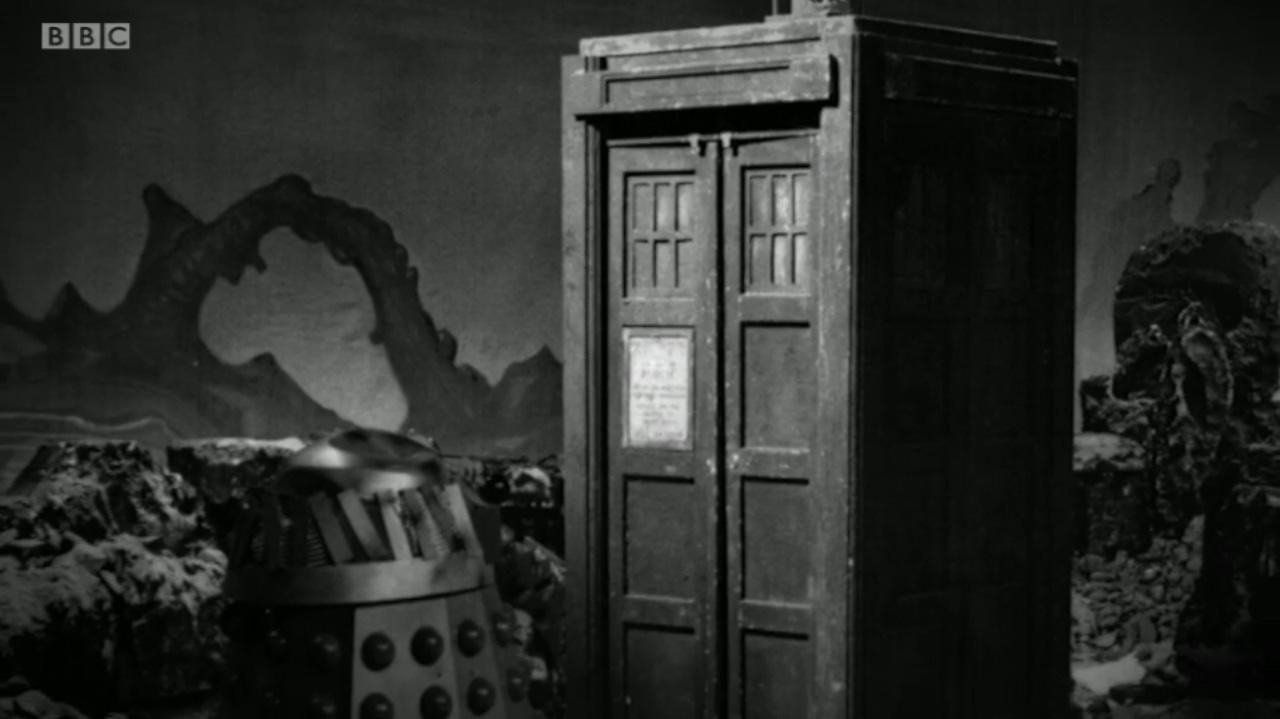 TARDIS - 02.jpg