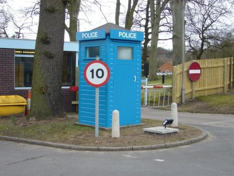Nottingham-MarketSquare(Yates)Box-Restored-1.jpg