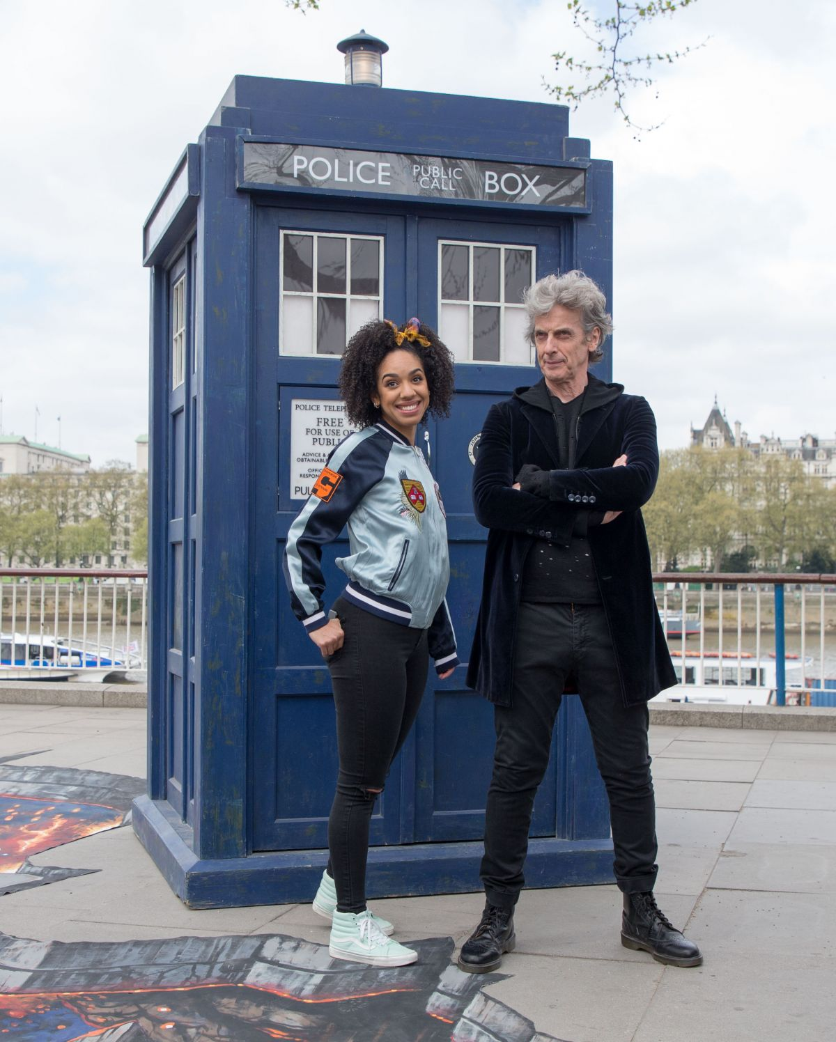 pearl-mackie-at-doctor-who-cast-promotions-at-southbank-04-12-2017_4.jpg