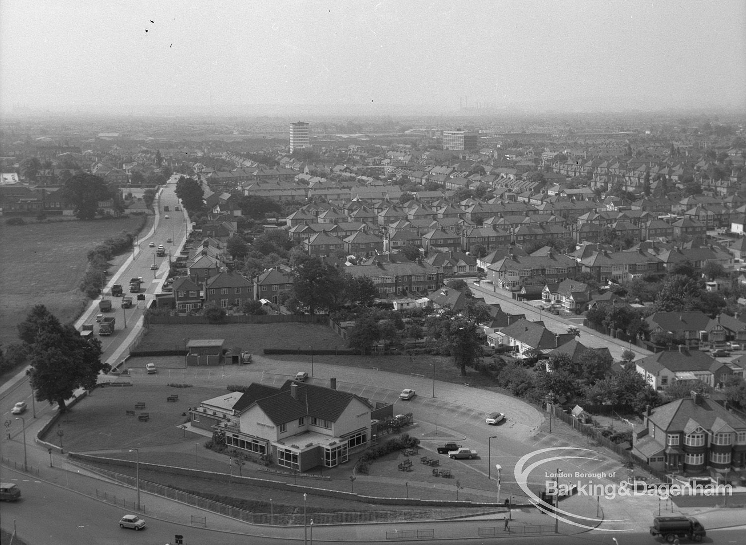 K19--Moby Dick Roundabout, Chadwell Heath--1967--Pic 1.jpg