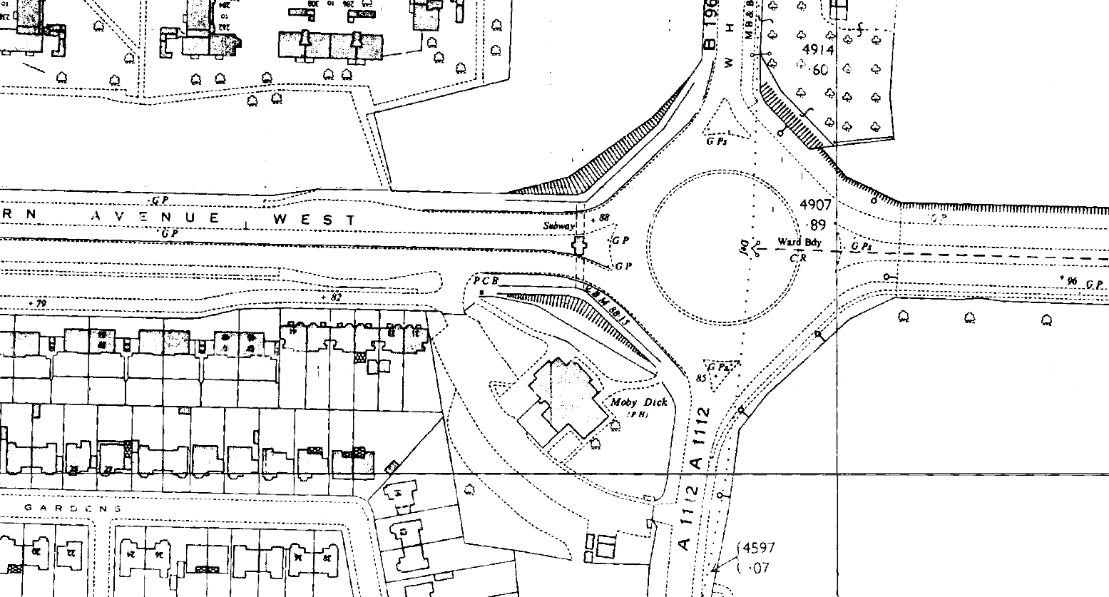 K19--Moby Dick Roundabout, Chadwell Heath Box--1963-1964 OS Map Extract 1-2500.png