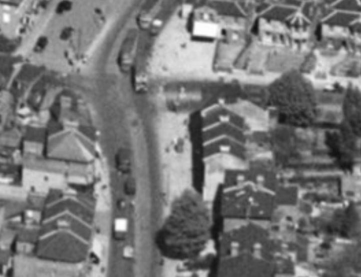 Z41--Norwood Road, Tulse Hill Box--aerial view--Blowup.JPG