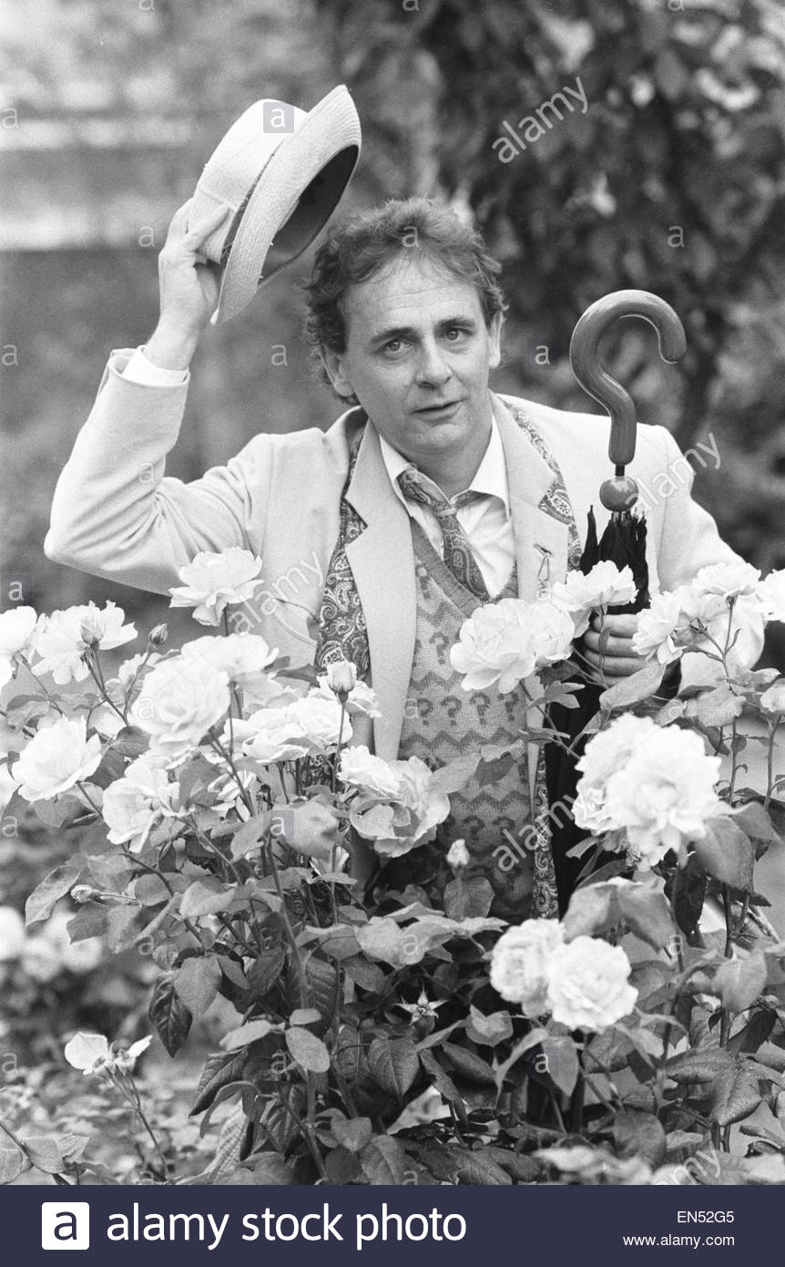 dr-who-alias-sylvester-mccoy-seen-here-at-a-press-conference-to-promote-EN52G5.jpg