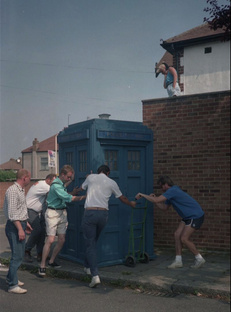 Survival TARDIS mk1A.jpg