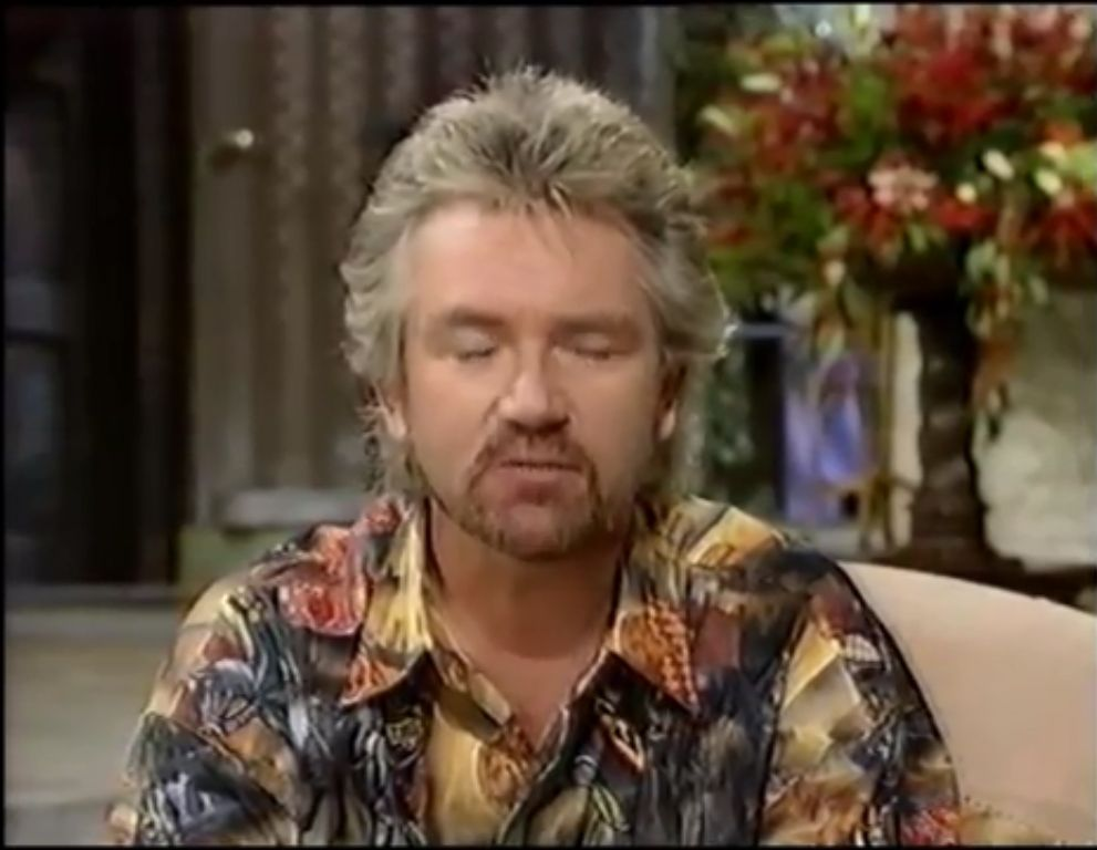 Noel Edmonds.House Party 26 November 1993 06.jpg