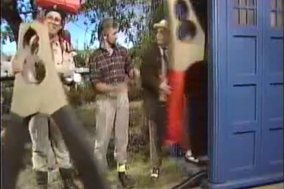 Noel Edmond's Saturday Roadshow 08.jpg